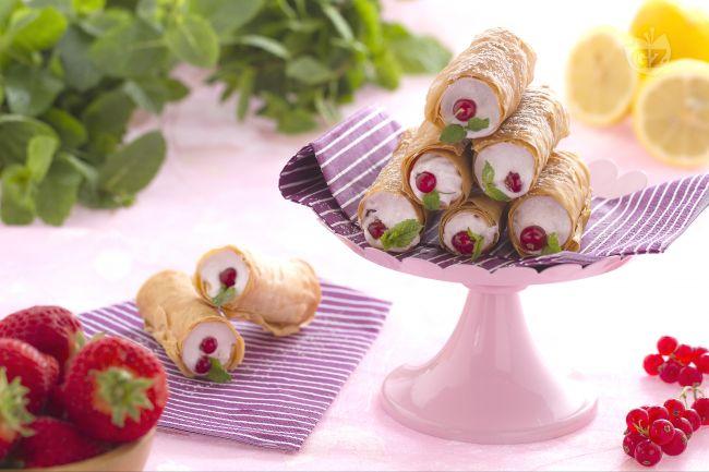cannoli in pasta fillo dolci