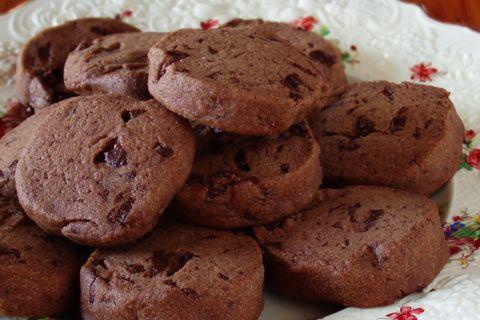 dolci natale vegani biscotti cioccolato