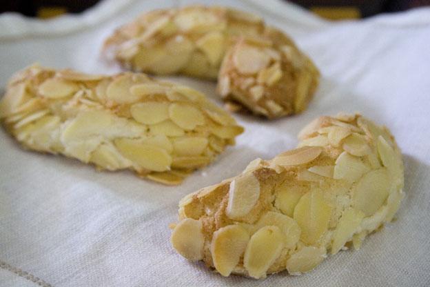 dolci natale vegani biscotti mandorle