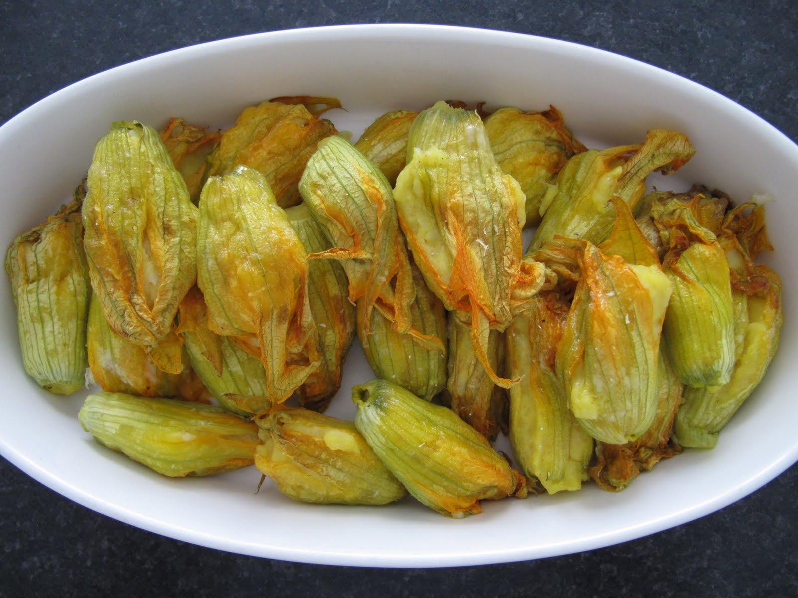 fiori di zucca ripieni varianti