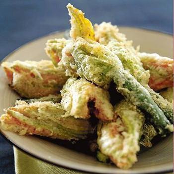 Cotto e mangiato ricette i fiori di zucca ripieni di for Ricette di cotto e mangiato