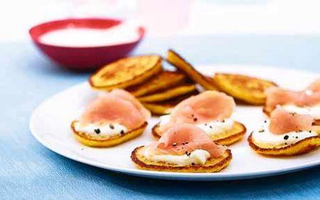 frittatine di ricotta con salmone e Crème Fraîche