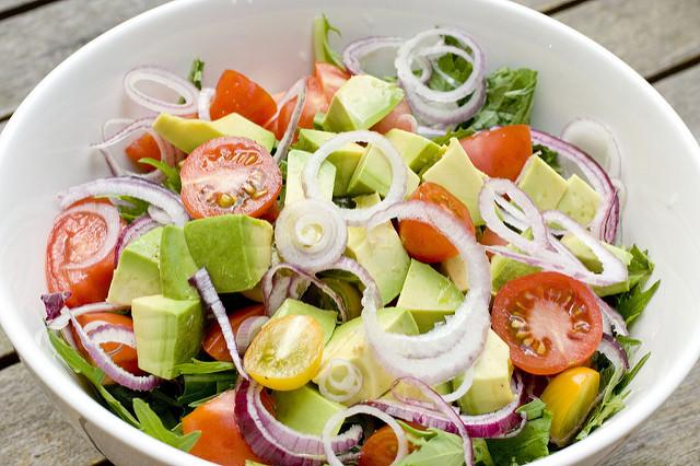 insalata di avocado ricetta