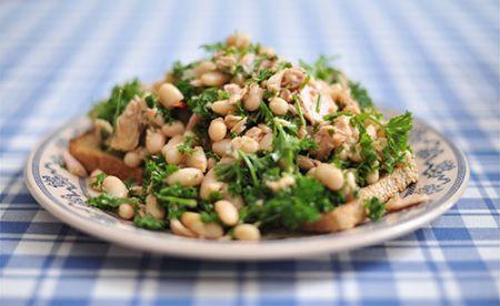 insalata aromatica con fagioli