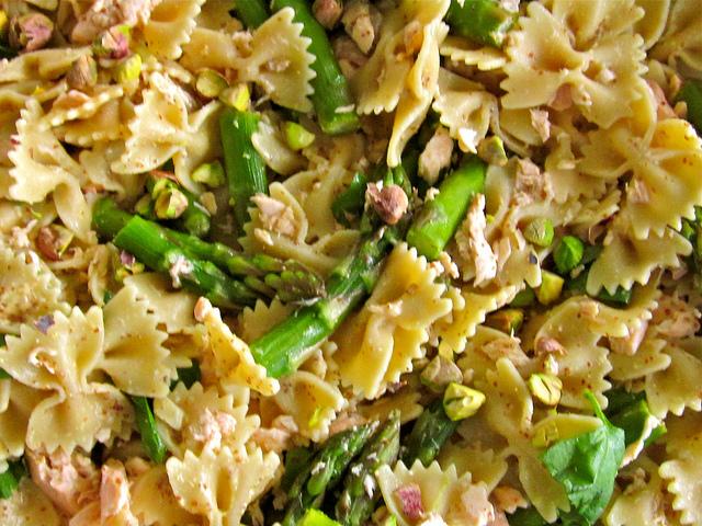 insalata pasta integrale asparagi