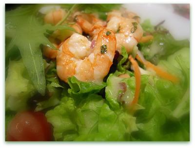 insalata rucola e gamberetti