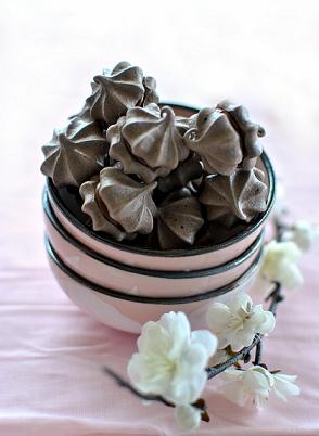 meringhe cioccolato uovo