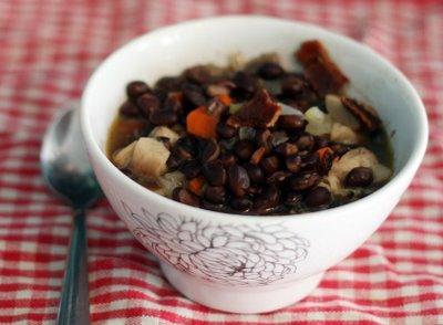 minestra fagioli e funghi