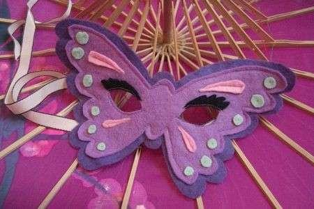 maschera farfalla viola