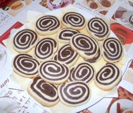 biscotti girelle al cioccolato