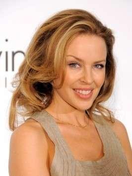 Kylie Minogue capelli biondi