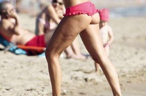 Cellulite vip, Ilary Blasi gambe