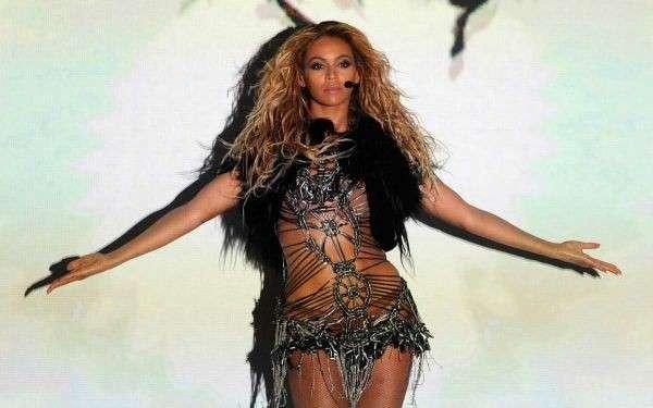 La bellezza Curvy di Beyoncé
