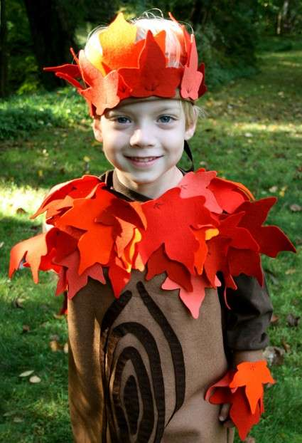 Costumi Halloween fai da te albero autunno