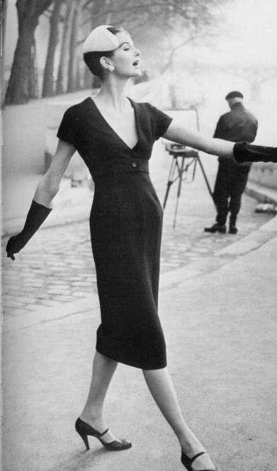 Moda anni '50, abito Dior a tubino