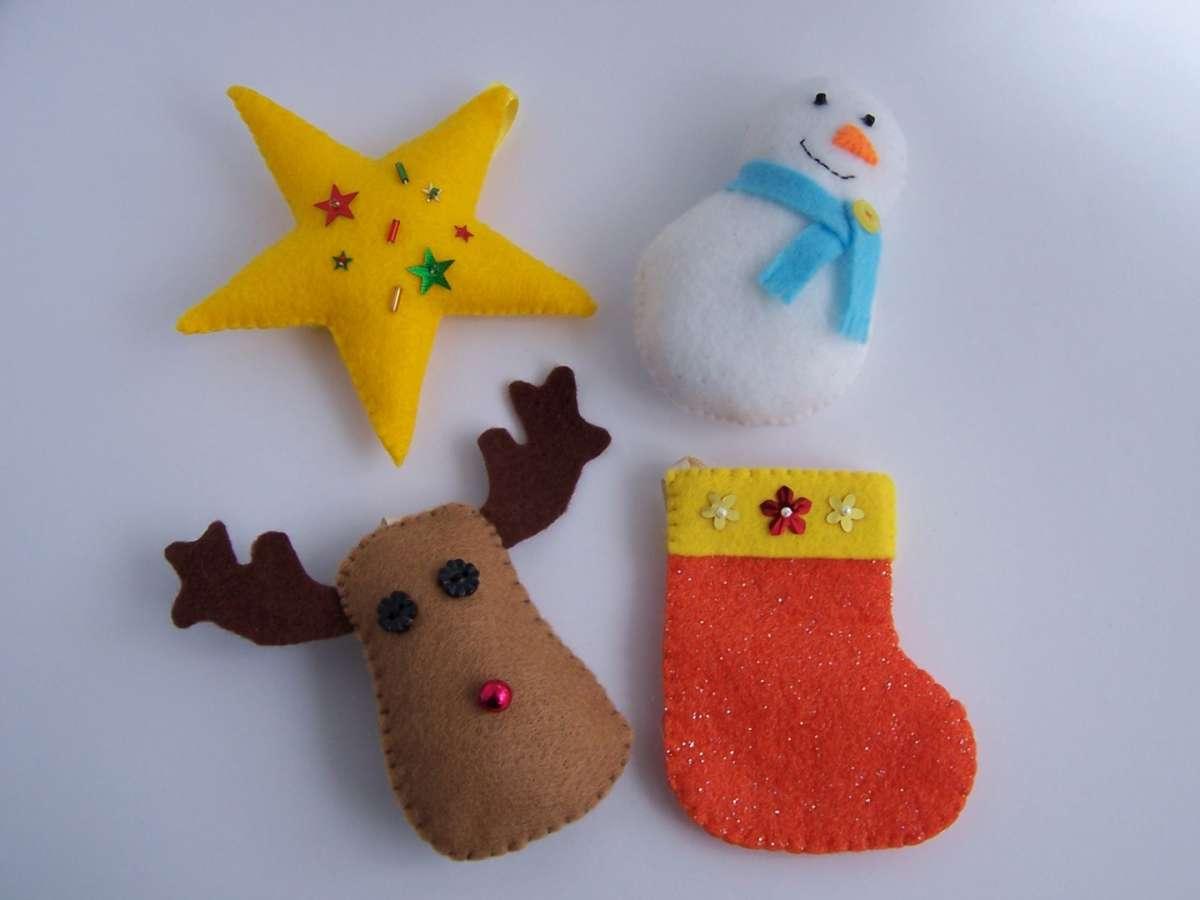 Lavoretto Natale per la scuola primaria: in feltro