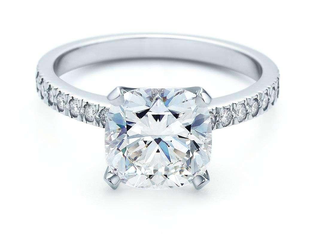 Anello di fidanzamento di Tiffany