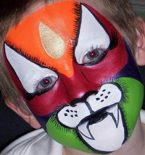 Una tigre coloratissima per Carnevale