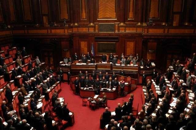 Molte donne in Parlamento