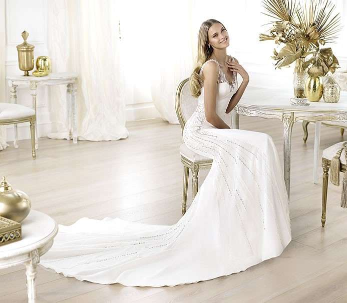 Abito da sposa Pronovias modello Laherie