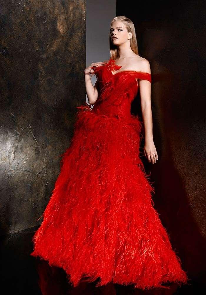Vestito da sposa rosso e chic