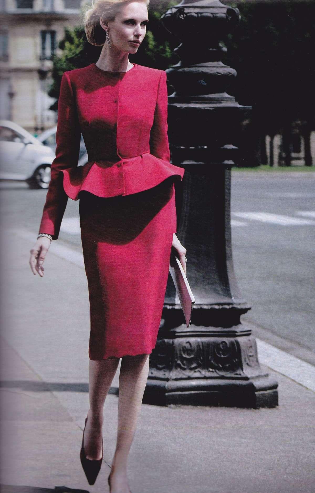 Vestito elegante con peplum Giambattista Valli