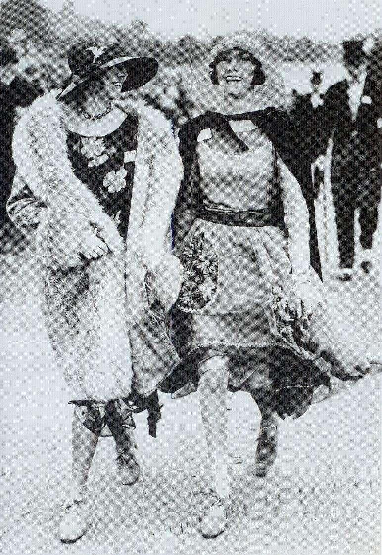 Donne negli anni 20