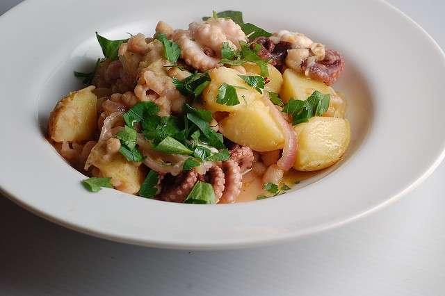 Secondo piatto polpo e patate