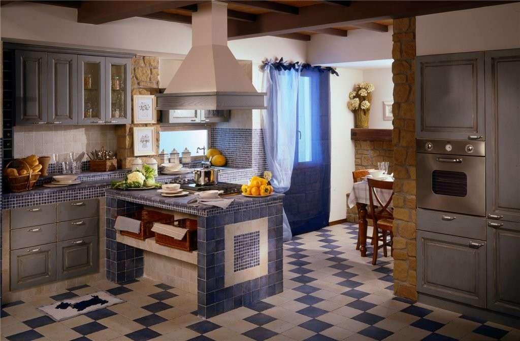 Cucina in muratura blu