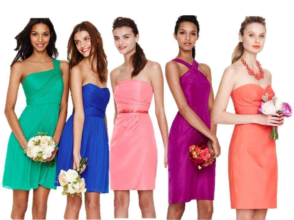 Damigelle con vestiti arcobaleno