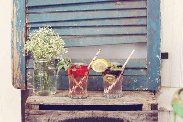 Bibite e fiori anni 50