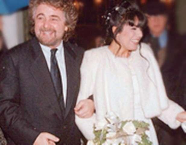 La moglie di Beppe Grillo al matrimonio