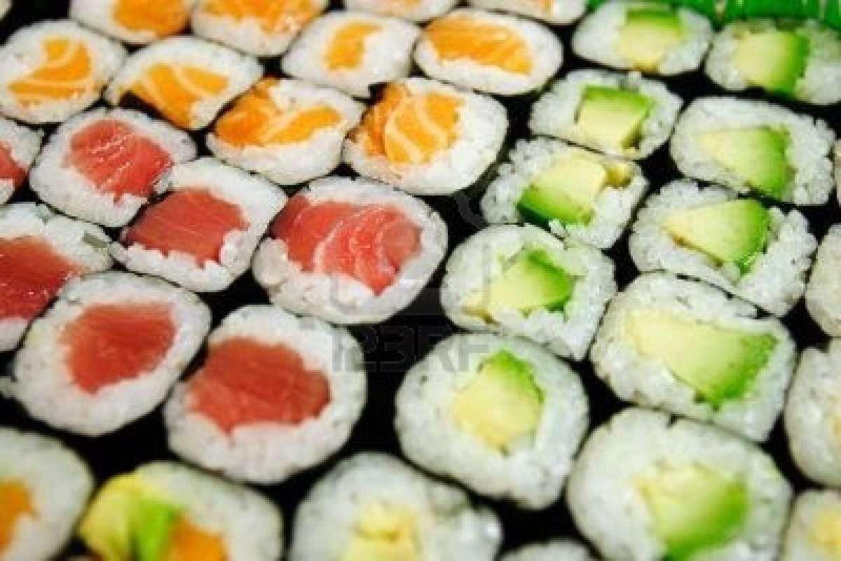 Assortimento di maki sushi