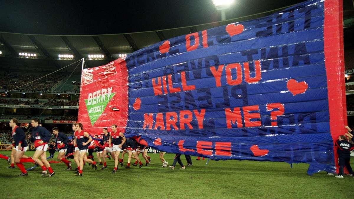 Proposta di fidanzamento allo stadio