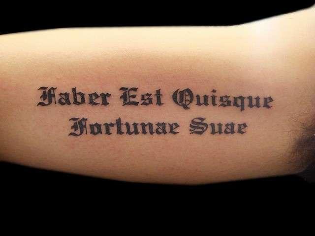 Frasi Latine Le Piu Belle E Famose Per I Tatuaggi Pourfemme