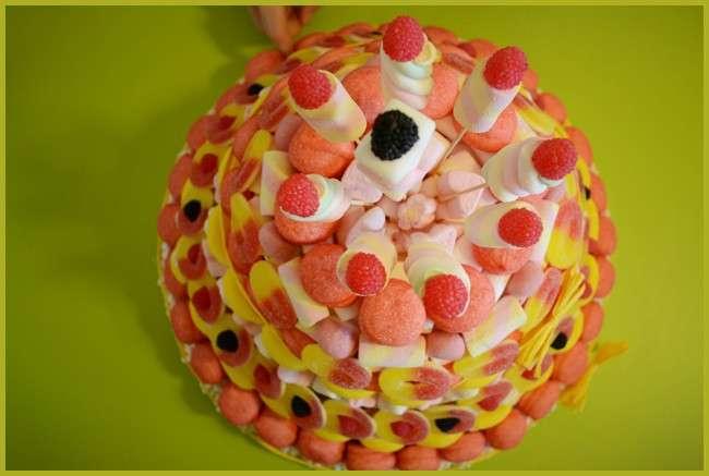 Torta di caramelle gommose e Marshmallow