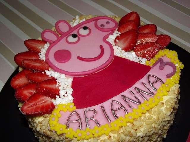Una torta decorata con Peppa Pig