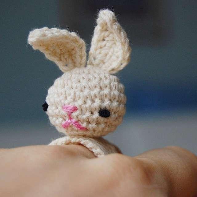Anello con coniglietto crochet