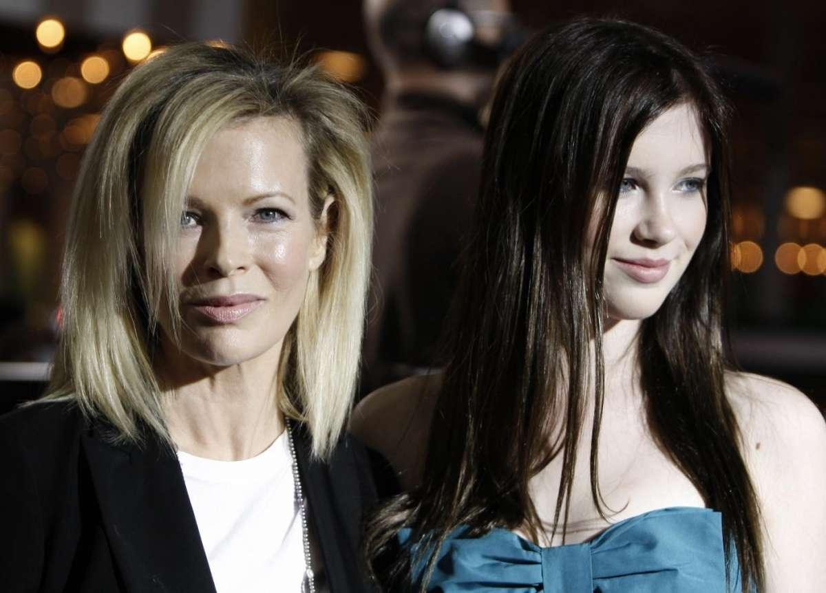 Kim Basinger e la figlia Ireland