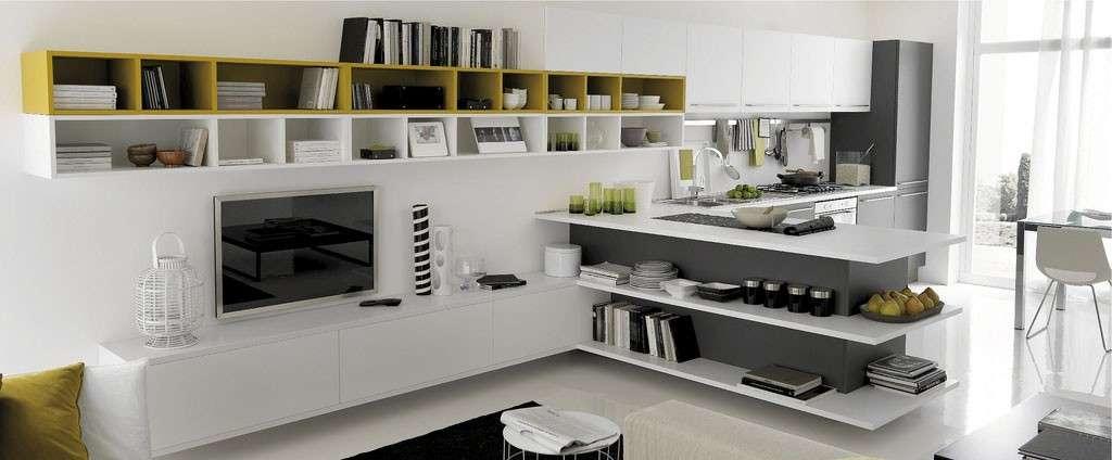 Mobile cucina e tv