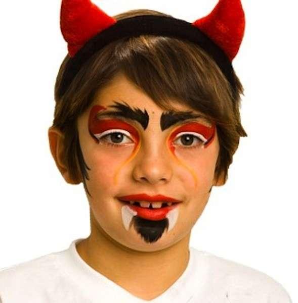 Trucco da diavolo per bambino