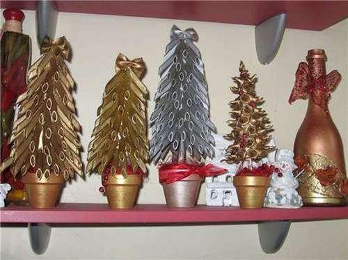 Alberi di Natale con la pasta