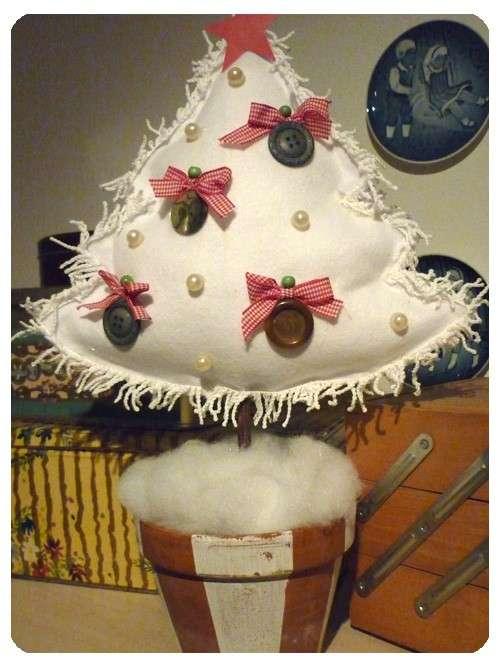 Albero di Natale bianco in pannolenci