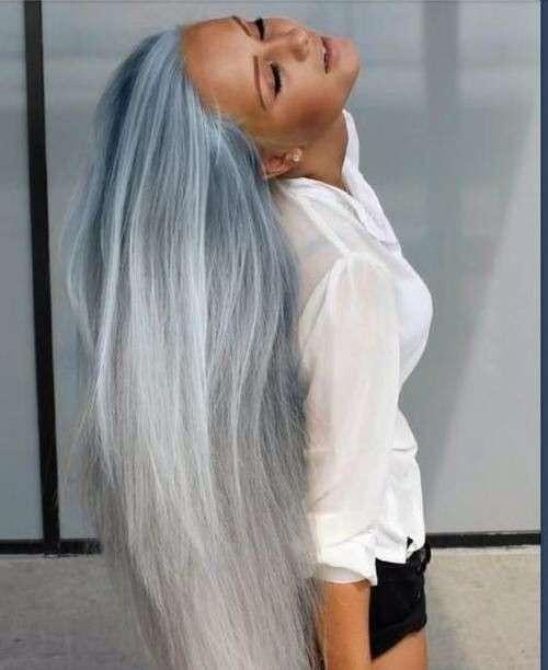 Capelli azzurri sfumati al grigio