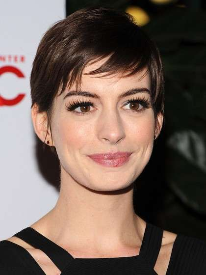Look anti-età di Anne Hathaway
