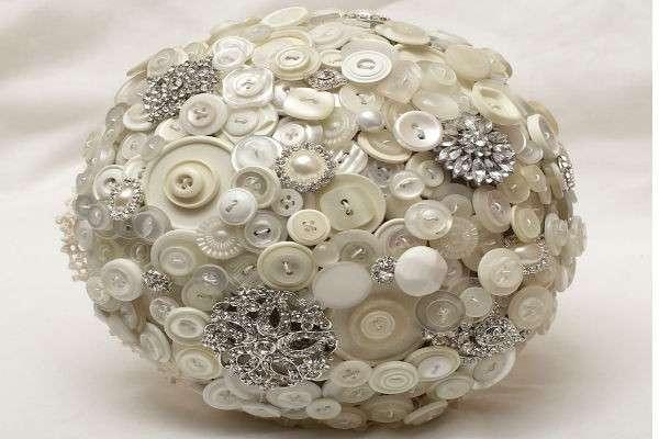 Palla decorativa con bottoni