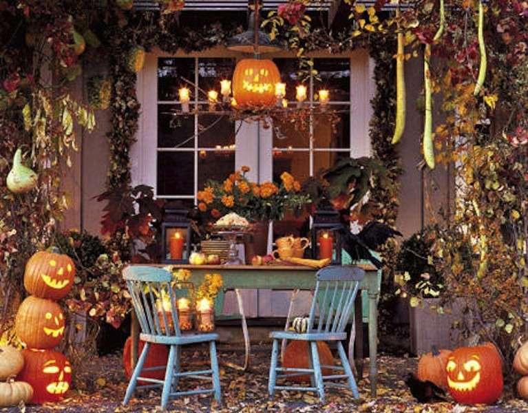 Zucche di Halloween per decorare il giardino