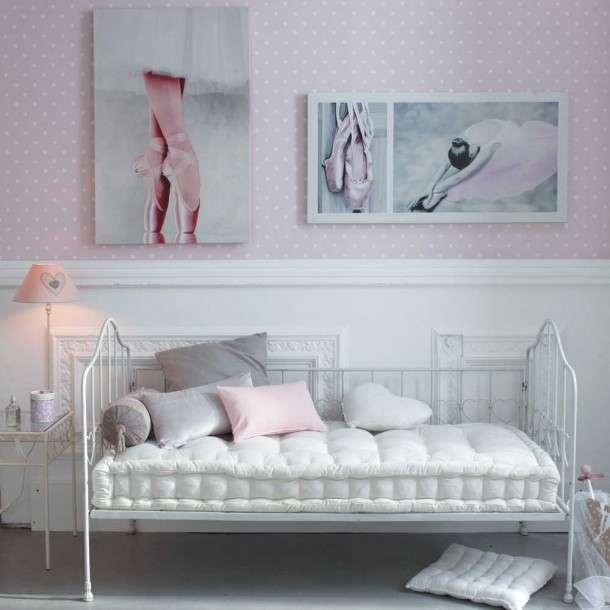 Camera da letto femminile
