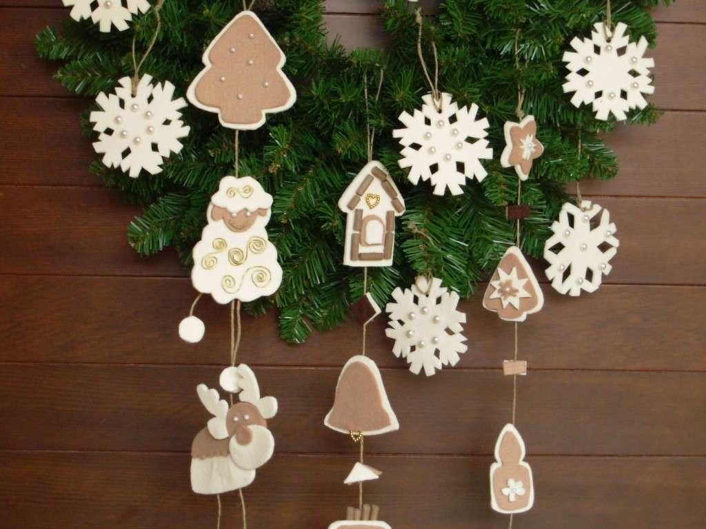 Decorazioni per le ghirlande di Natale in pannolenci