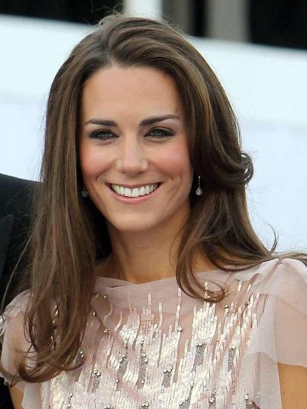 Il volto squadrato di Kate Middleton